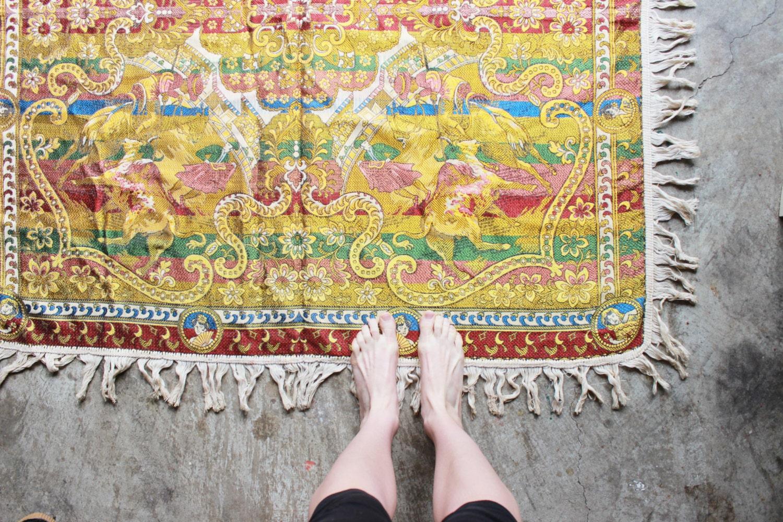 vintage tapestry rug, reversible 4' x 4' - experimentalvintage