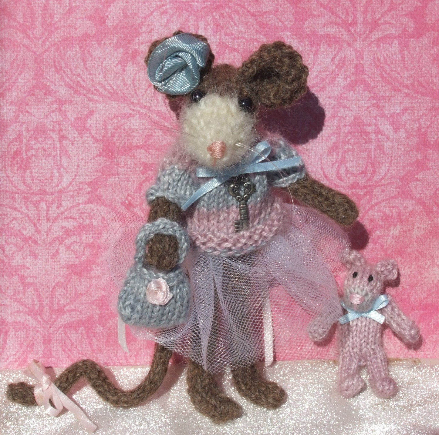 Mouse Knit Pattern by ViolaSueKnits on Etsy