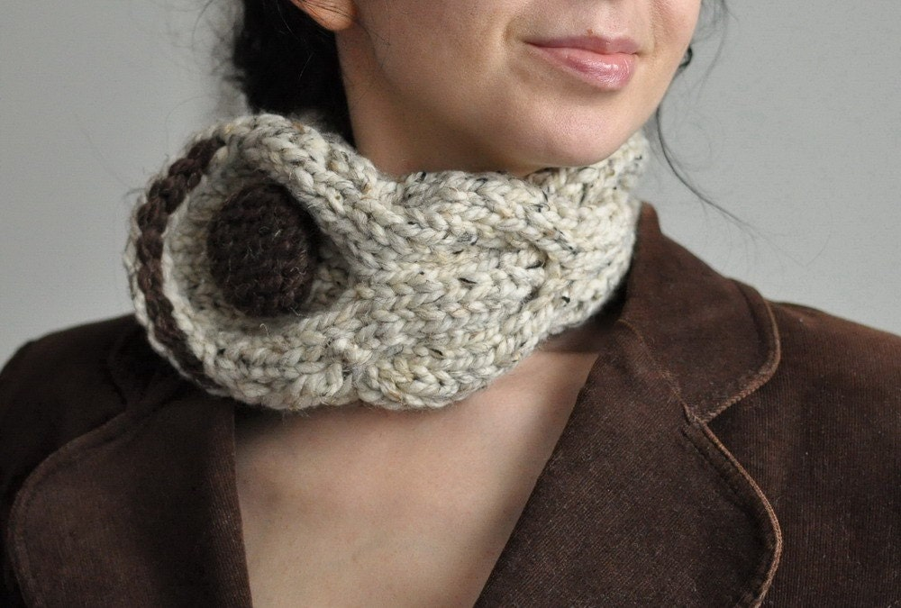 Eco Fantasy - classic cable handknit neckwarmer / choker / collar with huge button in oatmeal