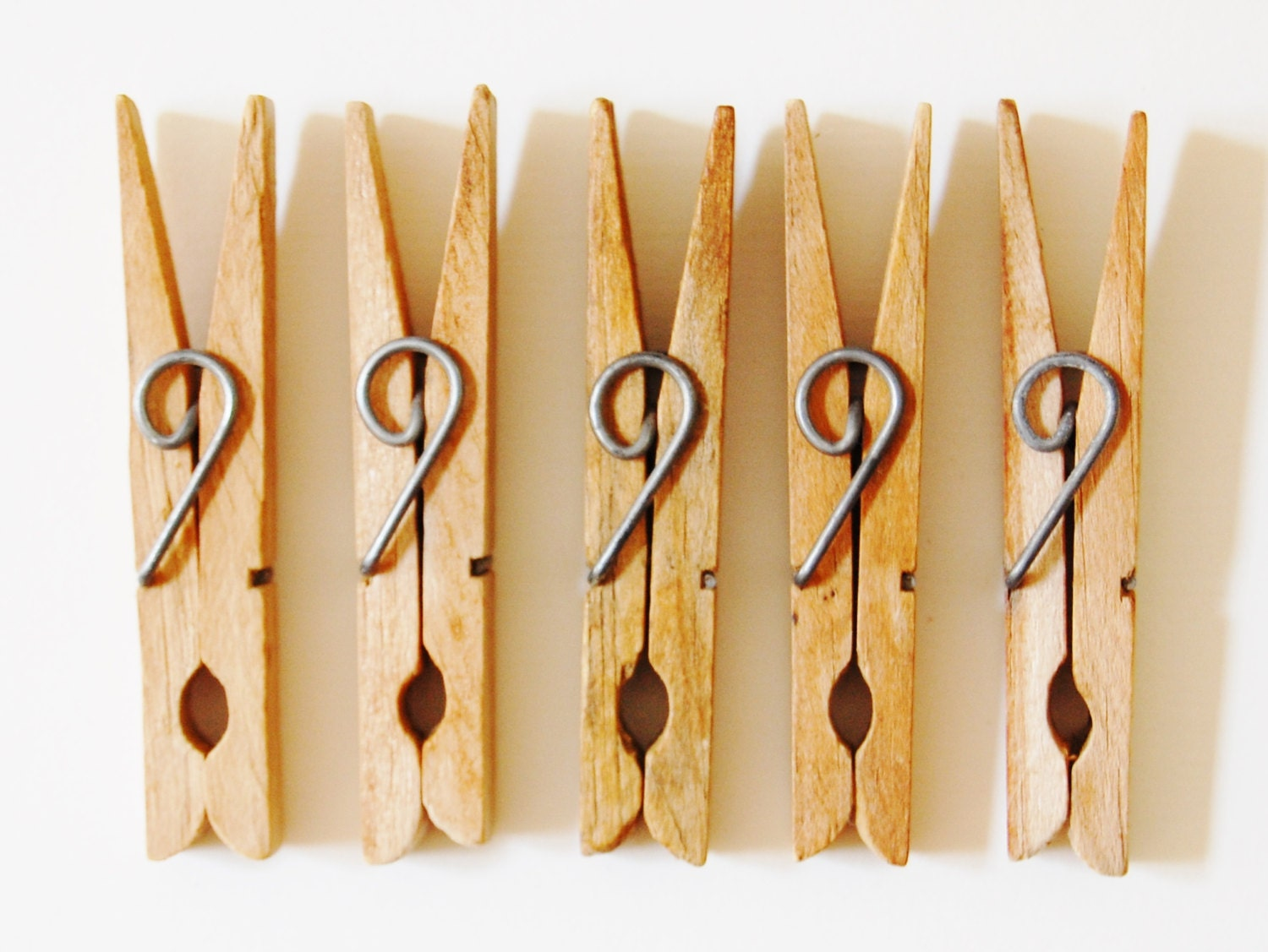 5 vintage clothes pins clip style cool by
