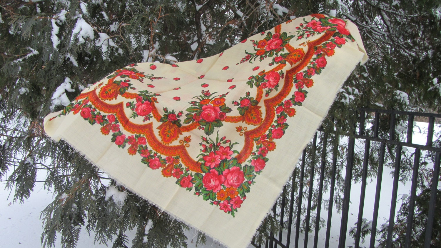 Pure Wool Floral Scarf Vintage White Ukrainian, Russian Floral Scarf, white shaw