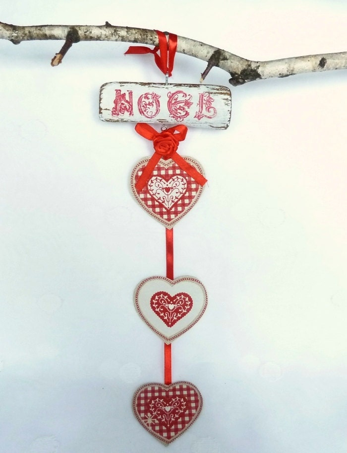 "Hearts Ornament, Christmas Ornament, Holiday Decor Country Cottage Decor, Door Hanging ""Noel"", Rustic Christmas - SayaArtDesign"