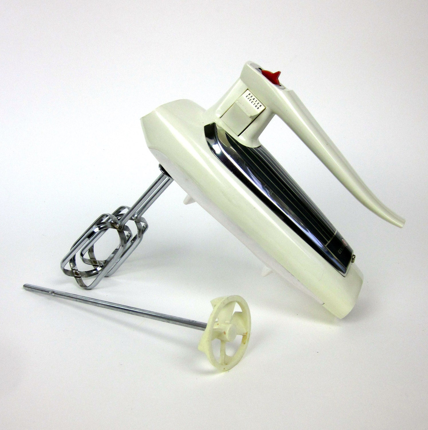 Electric Mixer Attachments ~ Replacement beater blades and drink mixer by attysvintage