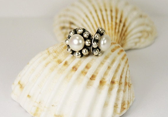 White Pearl,Sterling Silver Earrings - Womens Earrings - Rustic Earrings - Retro Jewelry - AngelJK