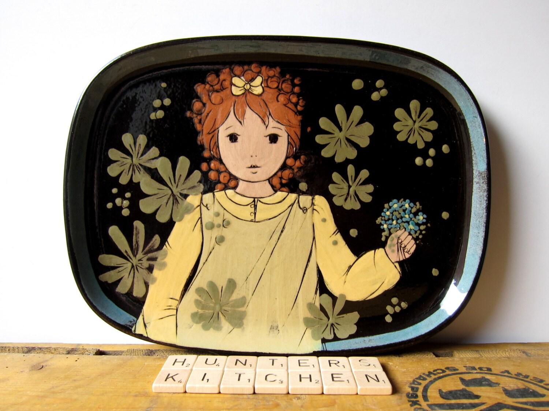 Vintage Rheinfelden Handarbeid Flower Girl plate, German pottery, Candy Candy-alike - HuntersKitchen