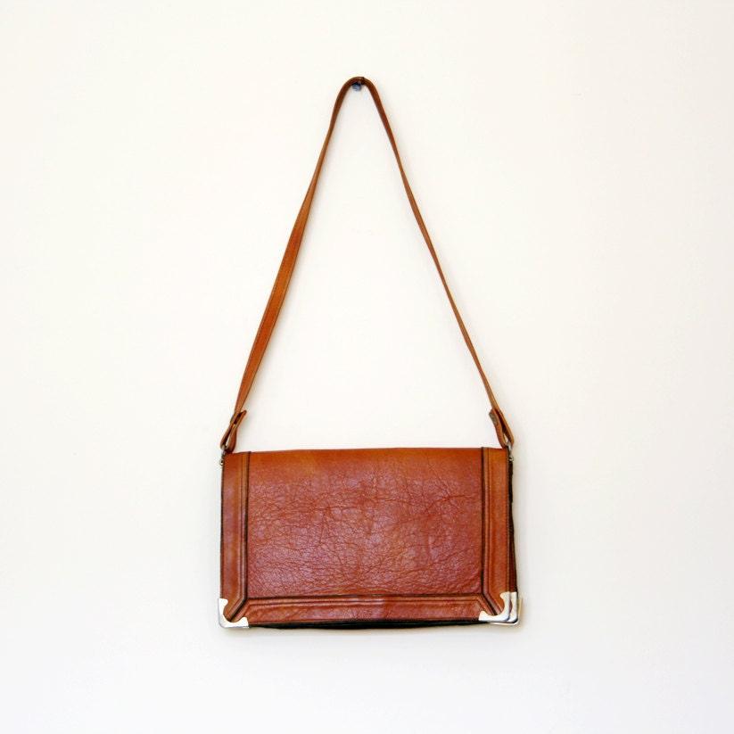 Vintage Caramel Brown Leather Cross Body Purse - BoBoVintage