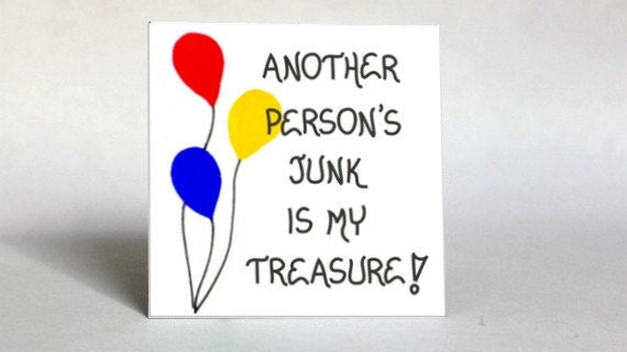 Garage Sale Magnet Quote about tag sale enthusiasts, Red, Yellow, Blue Balloon design