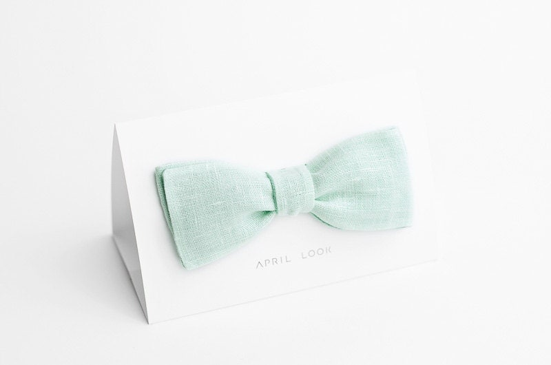 Mens self tie bow tie, light mint - double sided - APRILLOOKshop