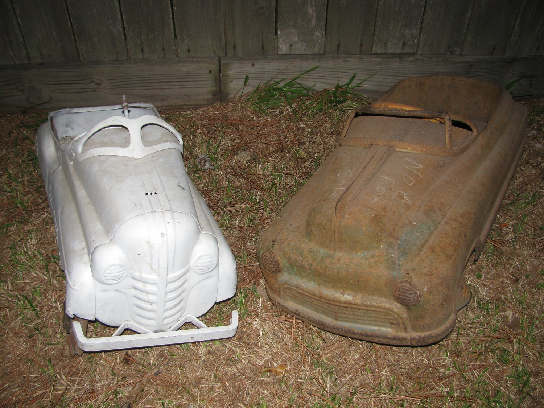 Roland Dressler Antique Pedal Car