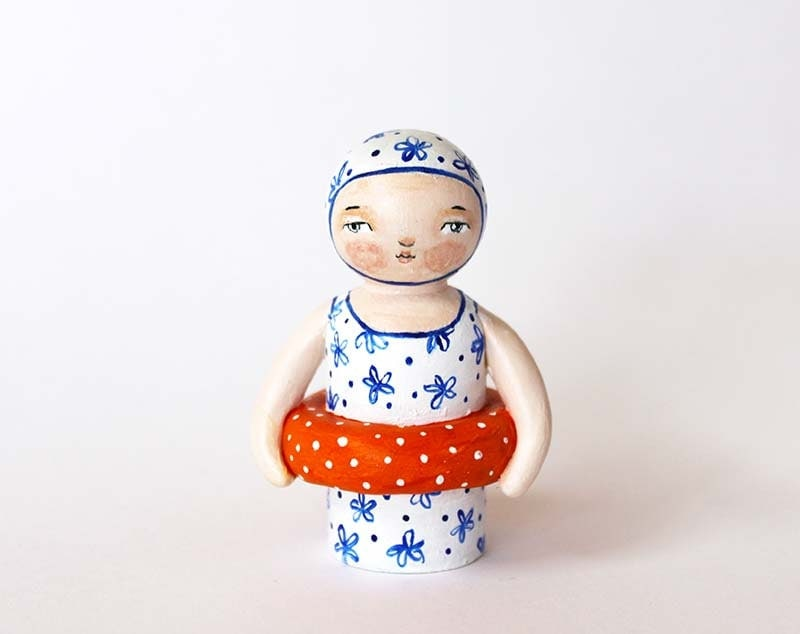 Old fashioned bathing girl - Handpainted peg doll - Wood and clay swimmer doll