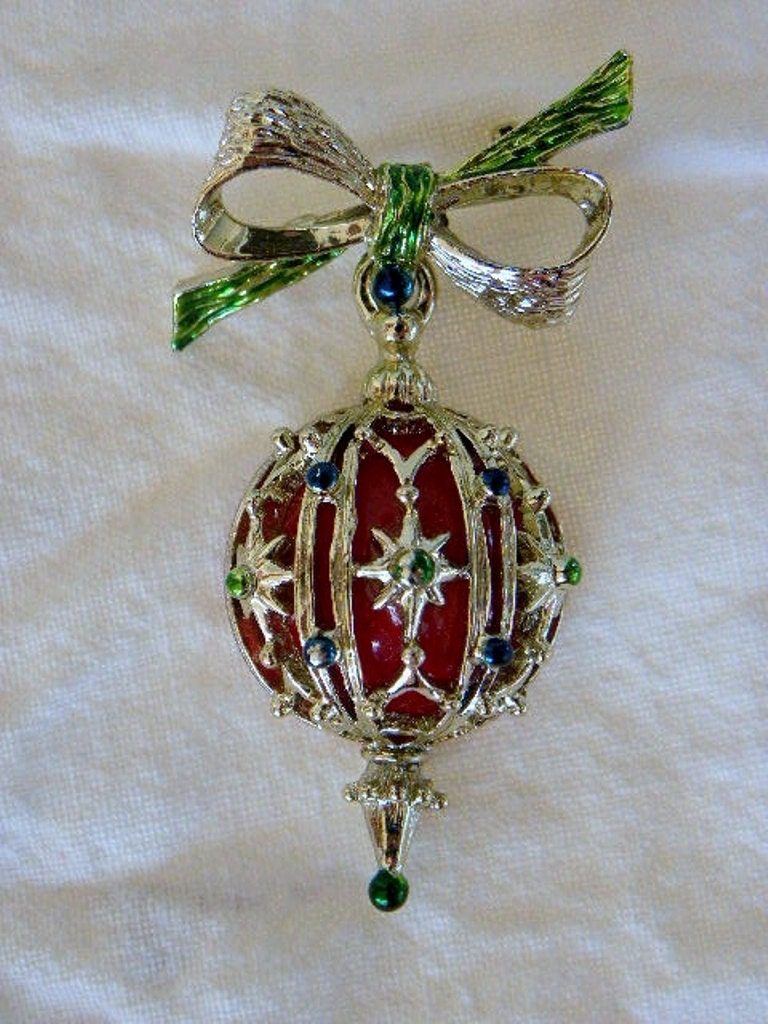 Vintage Christmas Ornament Pin Brooch by VintageShop on Etsy