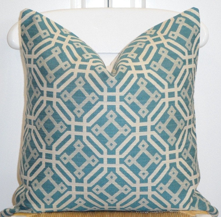 Throw Pillow Cover Fabric : Items similar to Decorative Pillow Cover - 18x18 - Designer Fabric - Accent Pillow - Throw ...