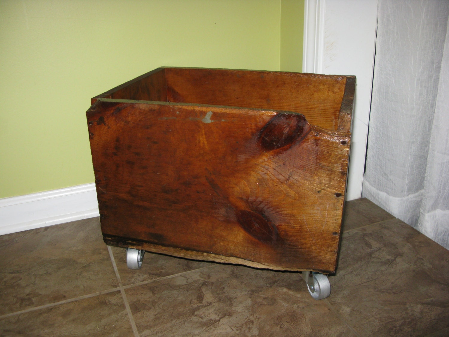 how to add wood wheels to a toy box