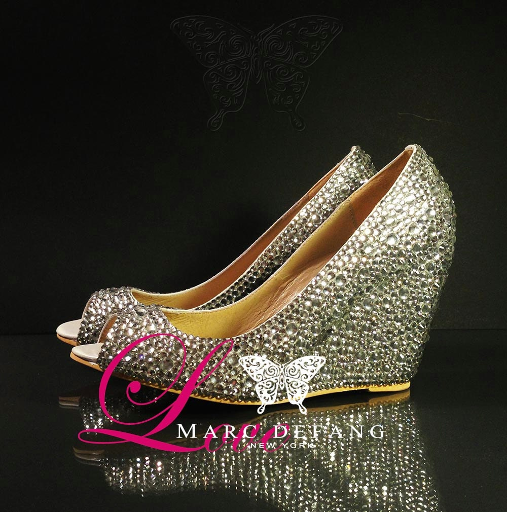 Mixed Clear Crystals Luxury Peep Toe wedges