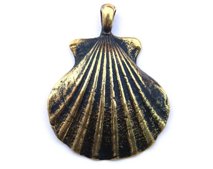 "Bronze pendant ""Concha peregrina - shell"" - Glucks"
