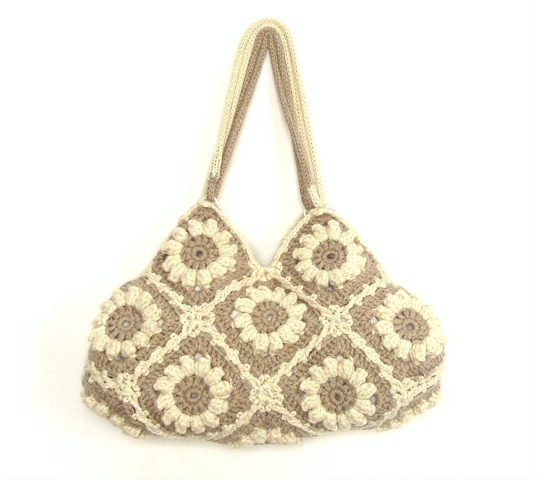 Crochet handbag in cream white and beige with flowers, crochet bag, shoulder bag, purse - zolayka