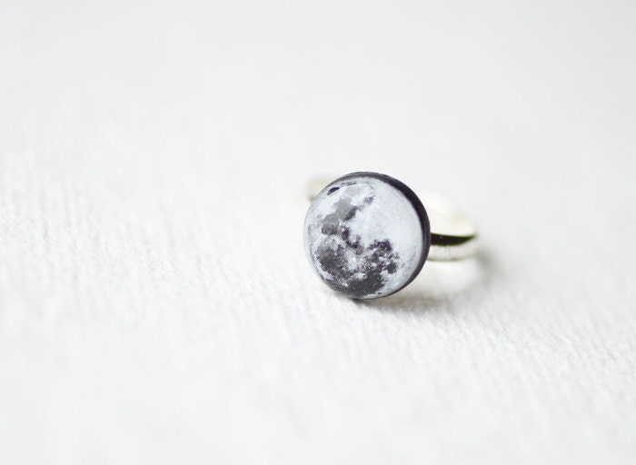 Full Moon Ring - Astronomy jewelry - Space - smafactory