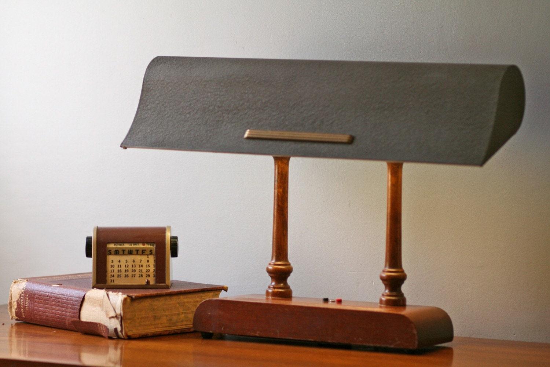 art deco desk lamp with wooden base by modishvintage on etsy. Black Bedroom Furniture Sets. Home Design Ideas