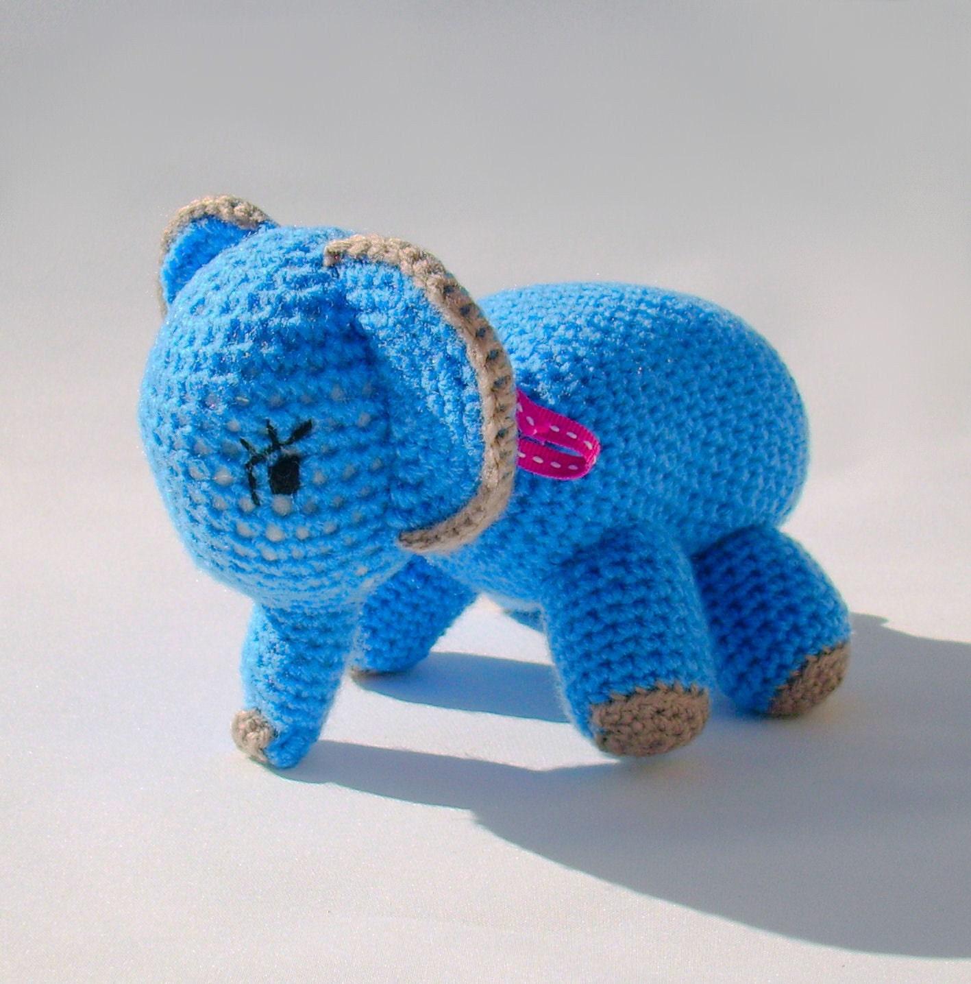 Crochet elephant handmade toy amigurumi traditional by jarg0n