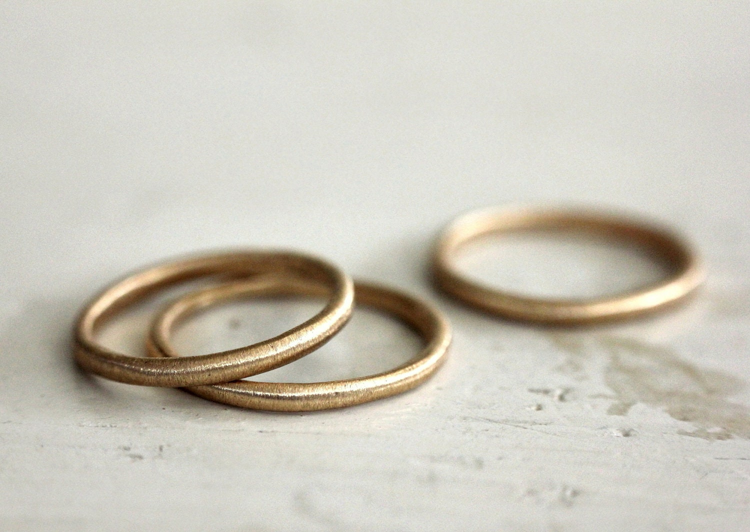 A simple gold band. 18k. Rustic love. A gold ring. Sophie. - SundayOwl