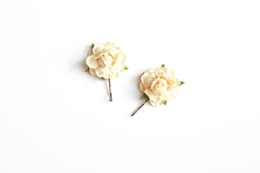 cream rose hair pins / woodland, vintage, bridal up-do headpiece, hair accessory, garden wedding, bobby pin set - kisforkani