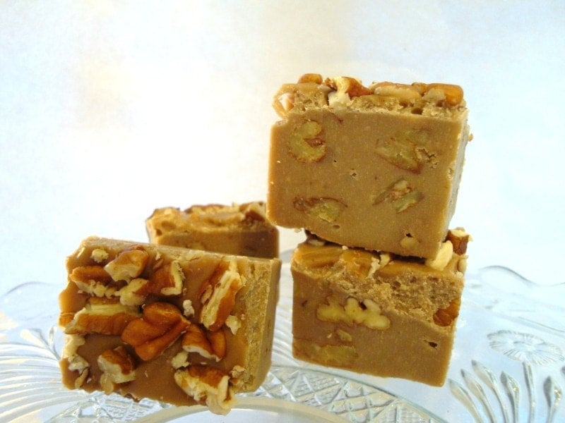 to MAPLE PECAN Fudge. ORGANIC the real deal Maple Syrup and Pecans ...