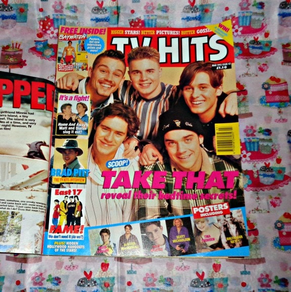 TV Hits Teenage Vintage Magazine Collectable Memorabilia Free Gifts Inc. Luke Perry  Baywatch Poster Mag Posters Issue 43 May 1993 TT Cover