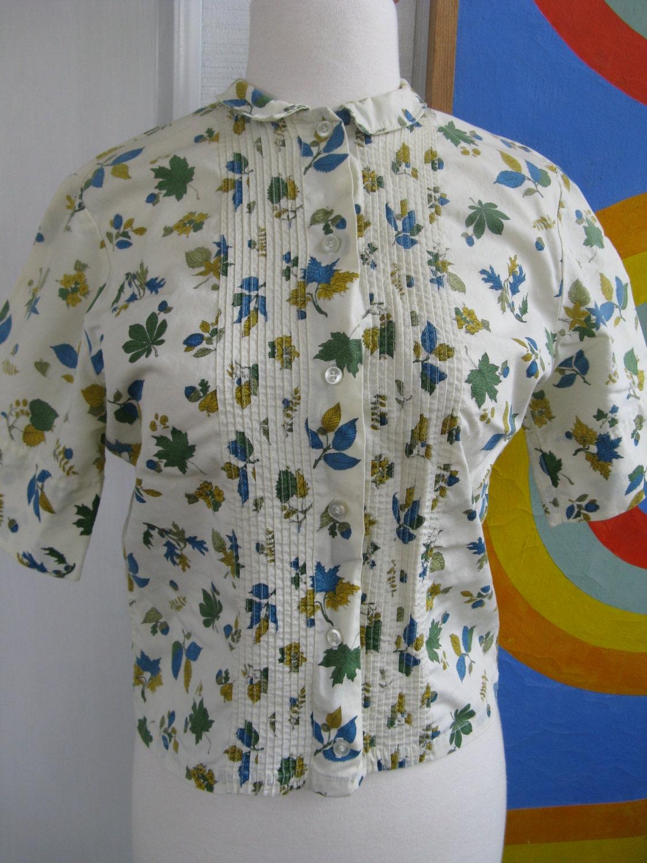 50s Blue Oak and Acorn Novelty Print Cotton Blouse by June Hunter    Blue Oak Acorn