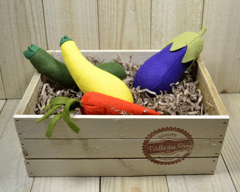 Felt Food Garden Vegetables - FiddledeeDeeCraft