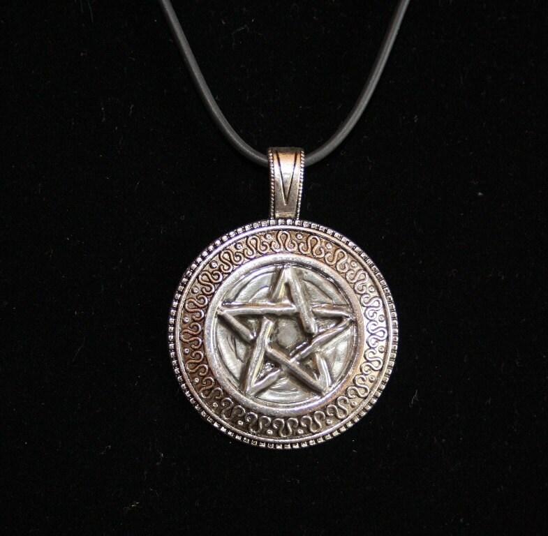 pewter pentagram pendant necklace by purplemooncraft