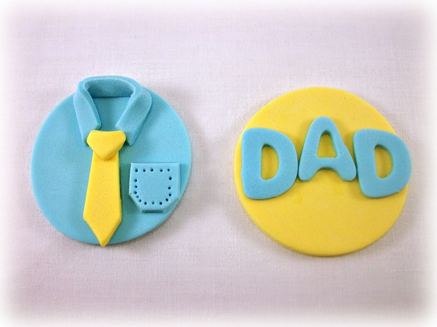 Fathers Day Fondant CupcakeToppers, Dad Birthday Cupcake Toppers, Fathers Day Gift Favors, Shirt & Tie Toppers, Edible Toppers-12 pcs - LenasCakes