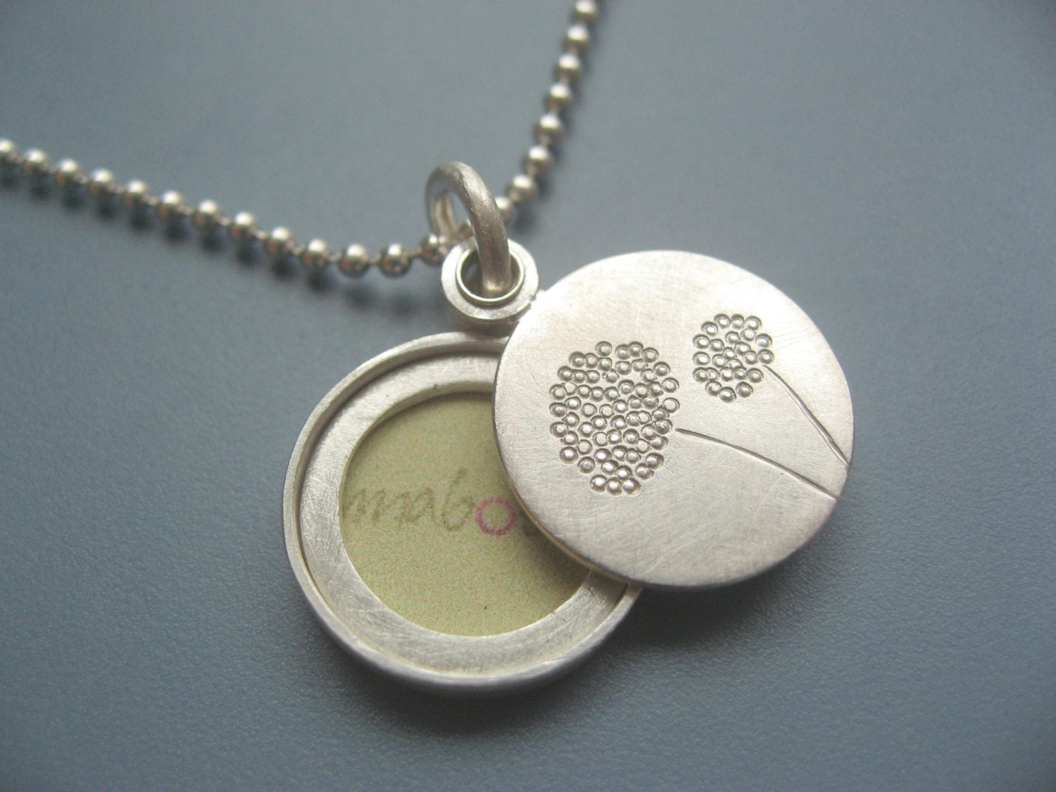 Where can i get pictures made for a locket Mystics of the Church: Pictures and photos of Jesus