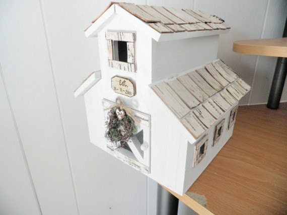 custom birdhouse for wedding cards