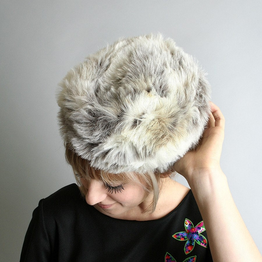 Vintage Faux Fur Hat - Marbled Ski Bunny - Small White Winter