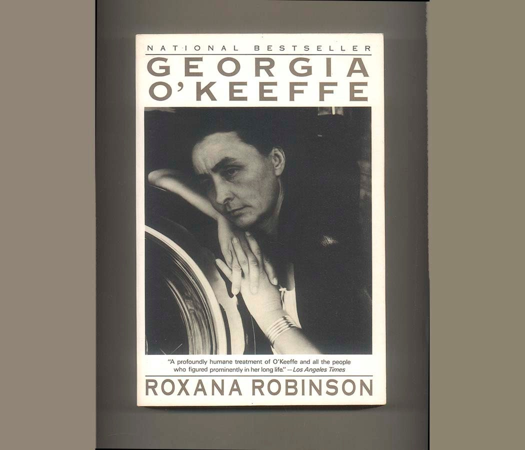 account of the life and career of georgia okeeffe Georgia o'keeffe owned two homes in the chama river valley north of santa fe she bought the first one at the ghost ranch in 1940 and the second one in the village of abiquiu in 1945 in both places, she made the homes her own, suited to her art and life and she occupied both until 1984, when she moved to santa fe.