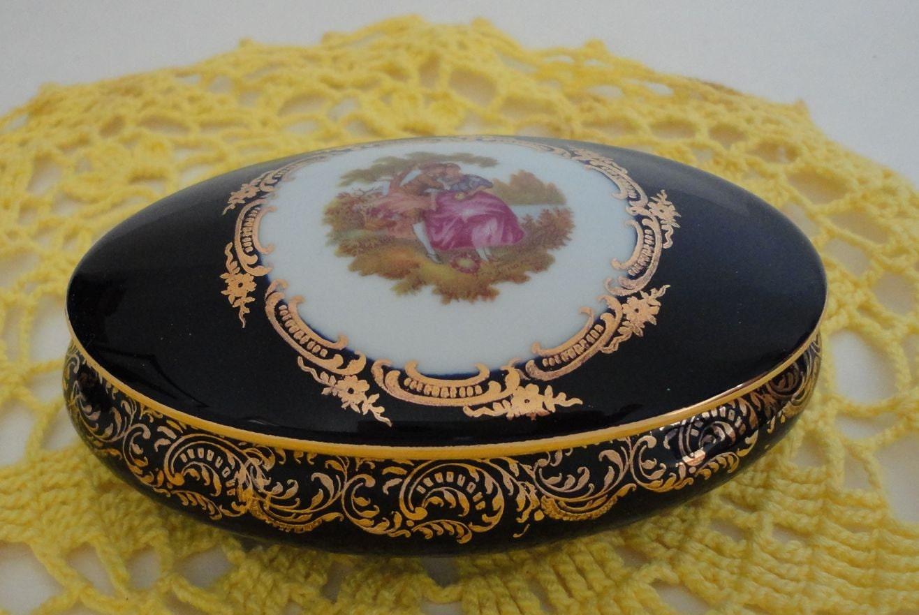vintage limoges castel oval trinket box 22k gold trim by. Black Bedroom Furniture Sets. Home Design Ideas