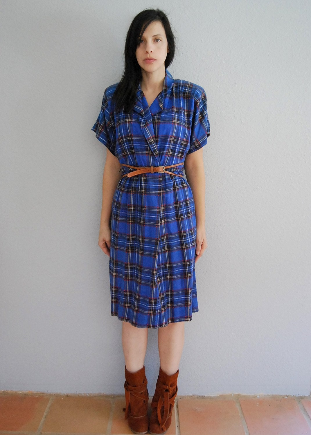 80s plaid grunge  / strong shoulder / flannel day dress