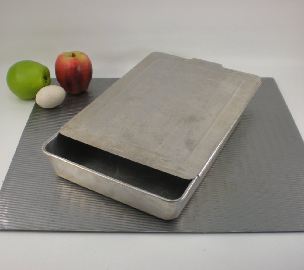 Mirro Type Aluminum Baking Pan Sliding Lid By Oldetymestore