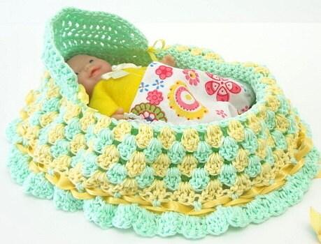 Peter Rabbit Amigurumi Pattern : crocheted pursecradle purse crochet drawstring by ...