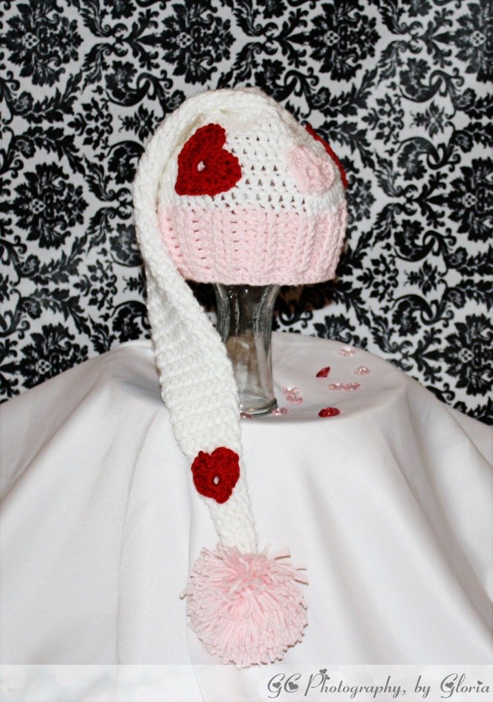 Valentines day Elf style hat photo prop( Newborn to adult sizes Crochet Pattern)
