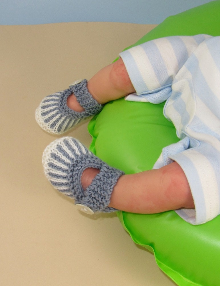 Knitting Pattern digital pdf downlo ad -Baby Vertical Stripe Sandals