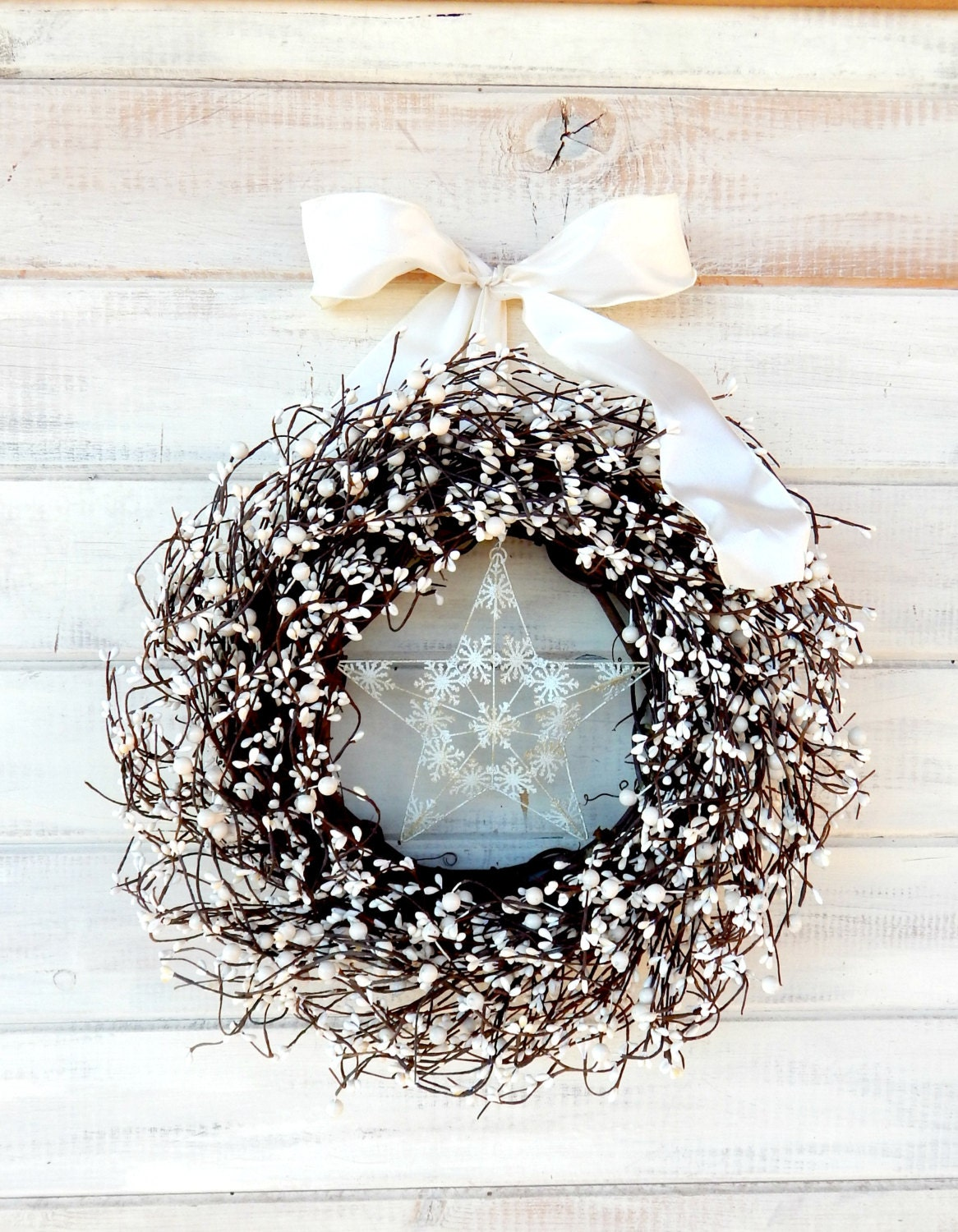 WHITE CHRISTMAS SNOWFLAKE Wreath-Holiday Home Decor-Winter Wreath-Christmas Door Wreaths-Scented Wreaths- Vanilla Sugar-Choose Scent- Ribbon - WildRidgeDesign