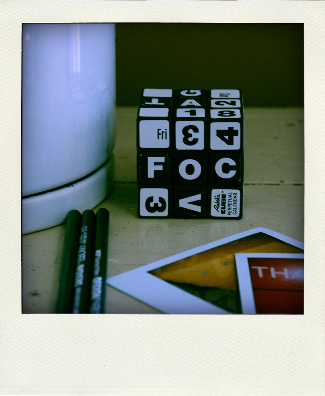 Perpetual Calendar Cube : Reserved perpetual desk calendar no rubik s by