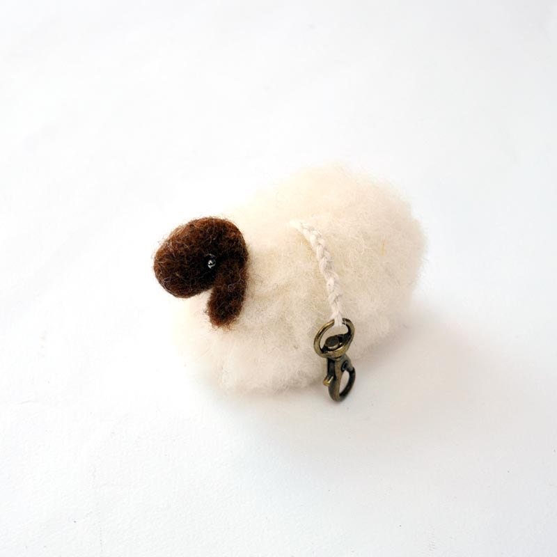 Tiny White wool sheep keychain - 1 pcs, waldorf toys. stufed toys. Fairy Forest animal toys for playscape