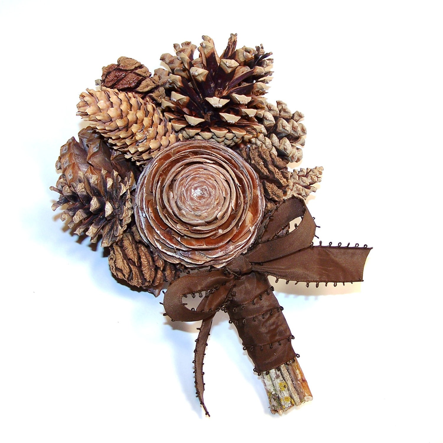 Tree Cone Bouquet - Vegan - fruitsoftheforest