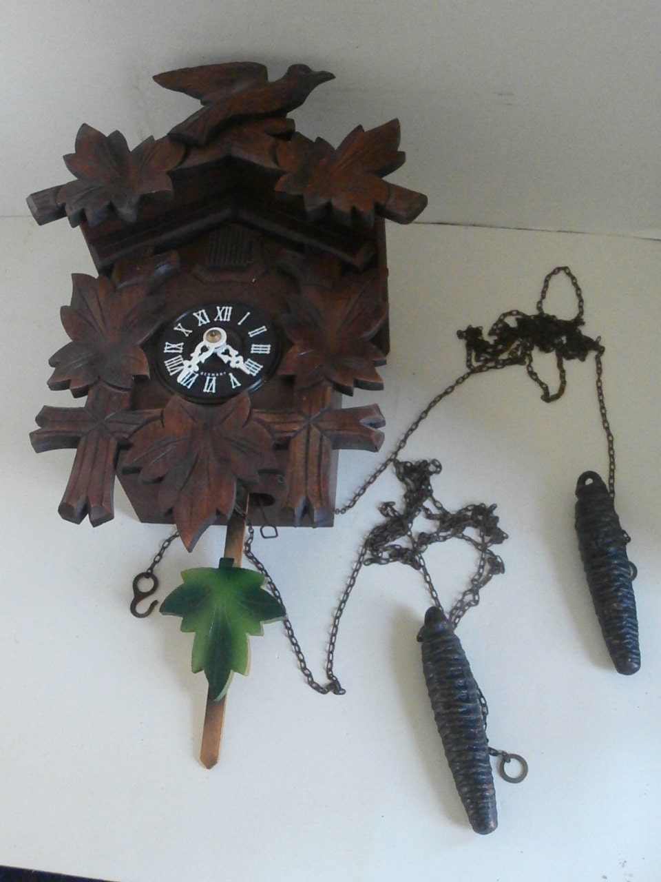 cuckoo clock instructions with West German Cuckoo Clock on 1526 furthermore Black White Alarm Clock likewise Stock Photo Triberg Im Schwarzwald Watch Shop On The Main Road With The Worlds 126191117 furthermore Cuckoo Clock 8 Day Movement Chalet Style 34cm By Cuckoo Palace  1033 further Cuckoo Clock Quartz Movement Chalet Style 24cm By Trenkle Uhren  896.