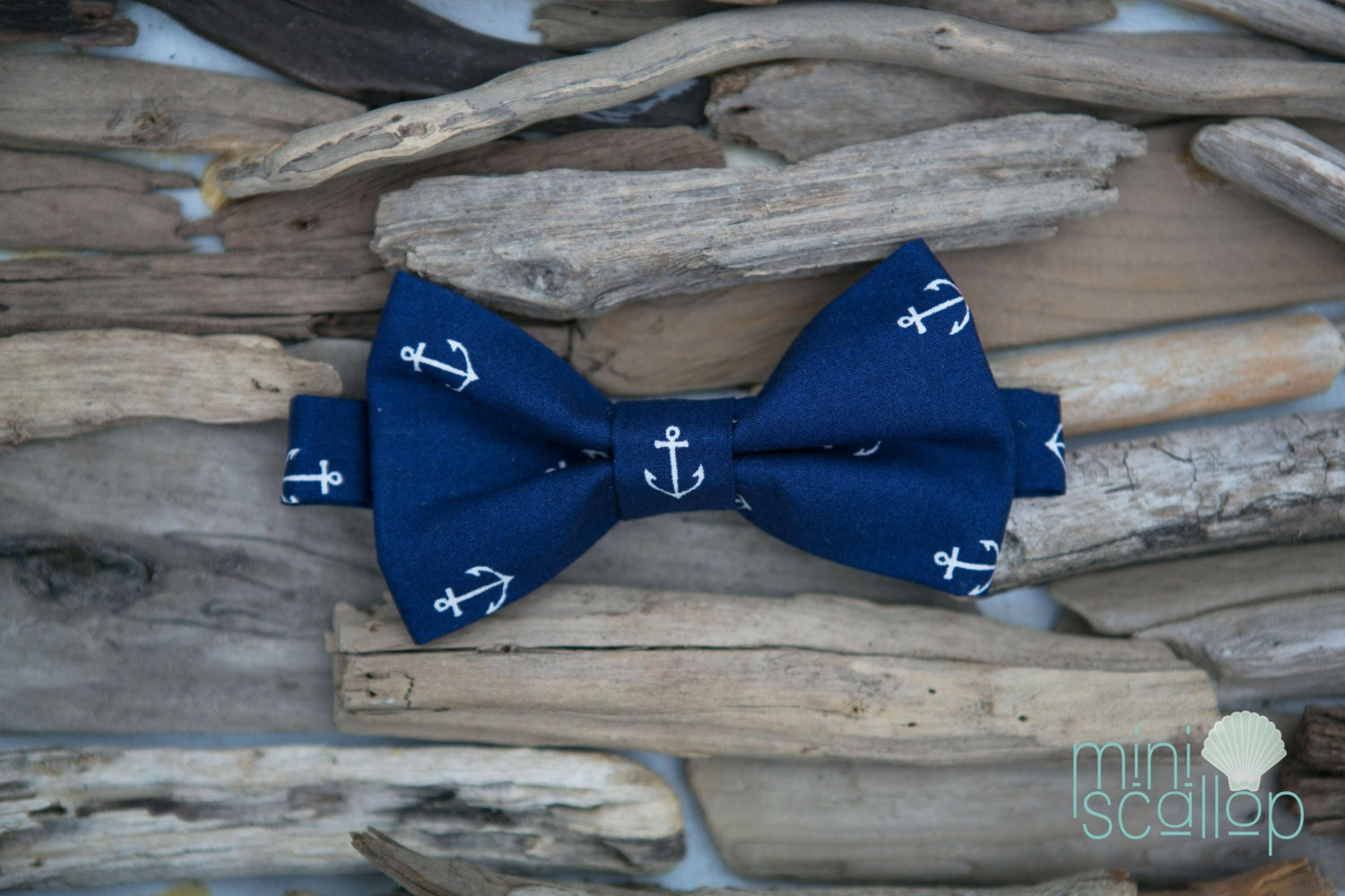 Navy Anchor Bow Tie - MiniScallop