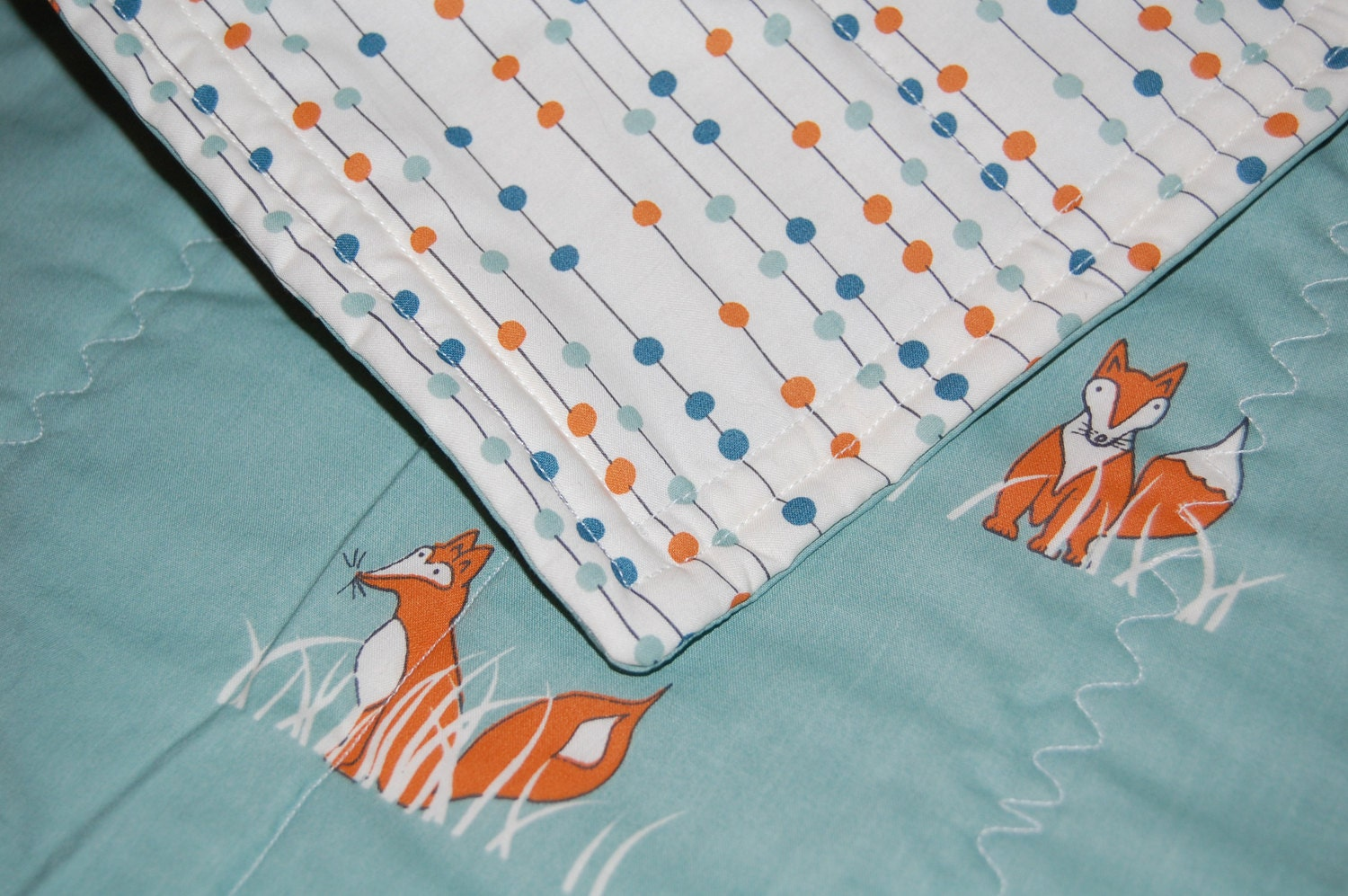 ORGANIC  modern baby quilt- foxes & dots- made to order