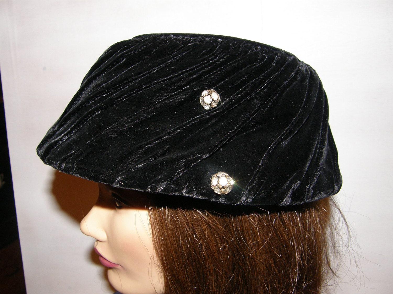 Vintage Hat Black Velvet Clamshell with Rhinestone Baubles