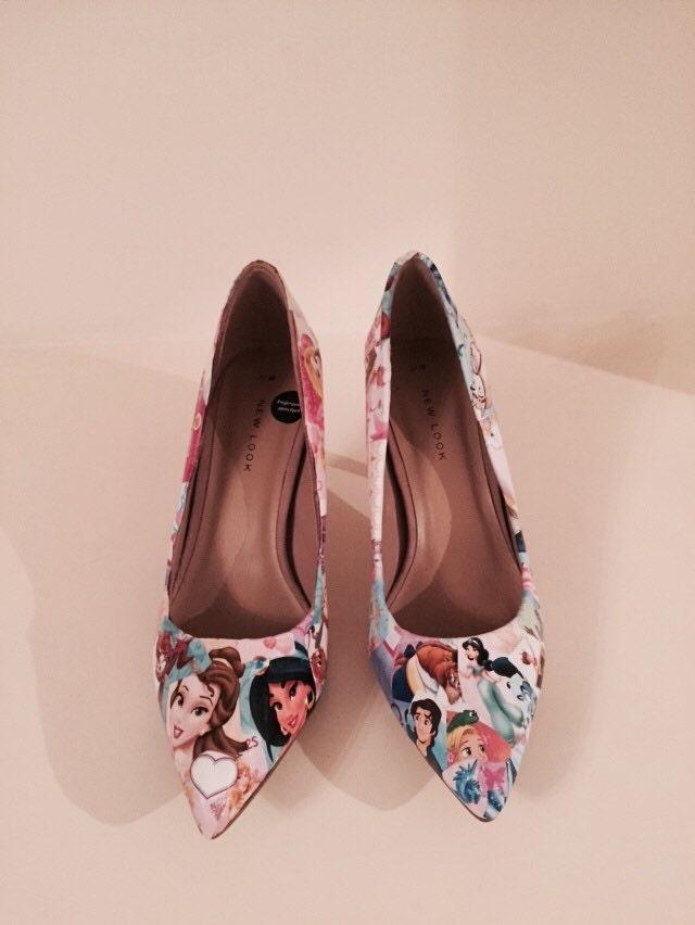 Princess decoupage shoes